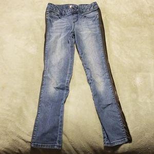 Mudd Jeans with black trim